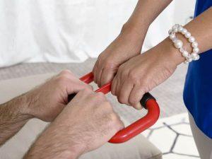 ידית לקימה עזר למטפל