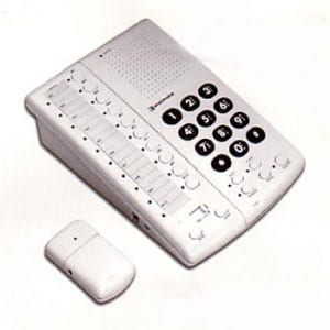 Remote Controlled Speakerphone phone powered by switch
