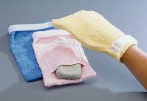 כפפה מבד מגבת לניקוי הגוף