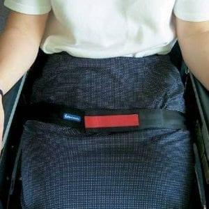 חגורת קשירה לכסא גלגלים עם התראה