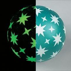 כדור עם כוכבים מצויירים