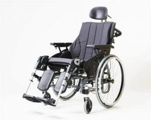 כסא גלגלי דגם שיקומי Emineo