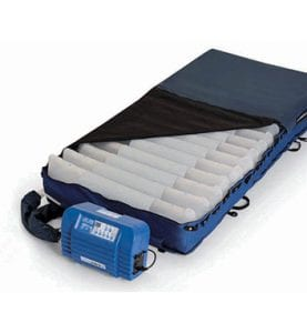Air mattress for the prevention of pressure wounds in the LOW AIR LOSS technique