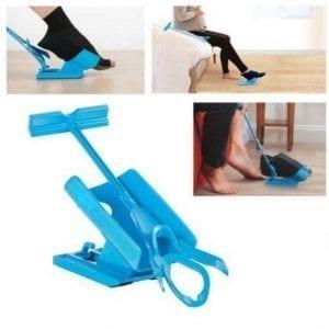 כלי יחודי המסייע לגרוב גרבים ללא עזרה