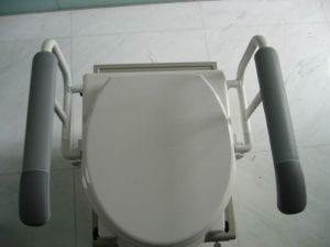 ידיות תמיכה לשירותים דגם 8310