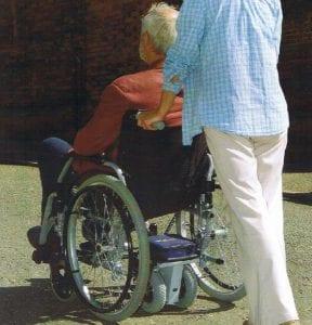 מנוע עזר לכיסא גלגלים דגם TGA להפעלת מלווה