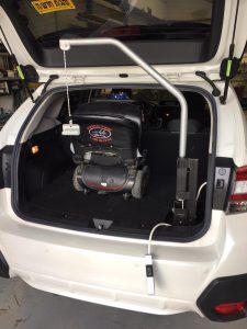 מתקן הרמה לקלנועית וכיסאות גלגלים – דגם 011