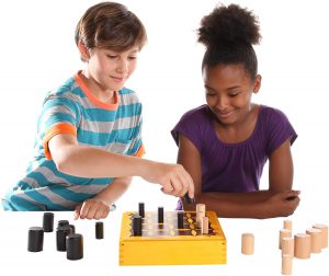 משחק אסטרטגי למבוגרים לזלול את היריב