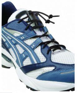 Elastic pair of shoelaces with brake