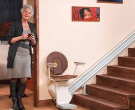 מעלון  כסא משופע לגרם מדרגות  ישר
