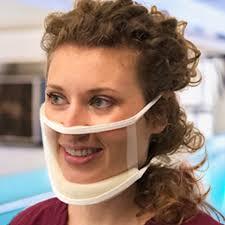 מסכה שקופה ClearMask המאפשרת קריאת שפתיים – ללא הצטברות אדים