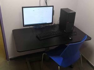 שולחן מתכוונן חשמלי לילדים
